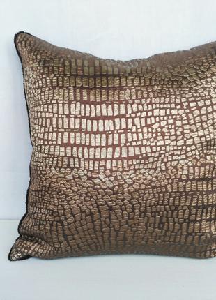 """Декоративная подушка """"Крокодил"""", 40 см х 40 см"""