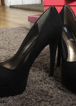 Туфли на высоком каблуке Blink