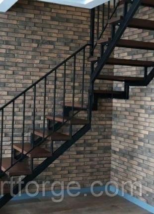 Лестница в квартиру, для дома, дачи.