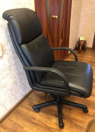 Кресло офисное( компьютерное,руководителя)