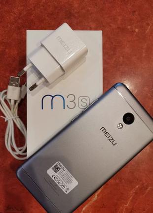Meizu M3s +Чехол. Отличное состояние и внешний вид. Носил в чехле