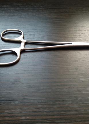 Зажим хирургический кровоостанавливающий прямой с нарезкой