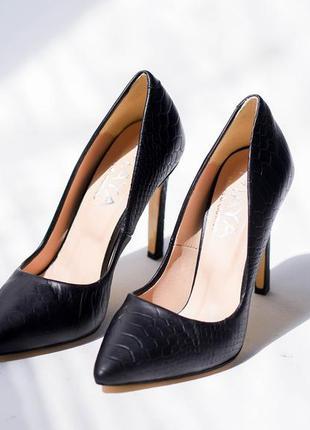 Кожаные туфли лодочки под питон на каблуке натуральная кожа