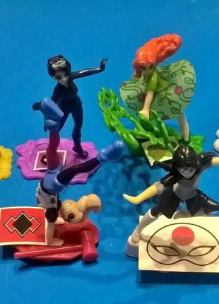 Киндер Супергероини DC (DC Super Hero Girls) полная коллекция