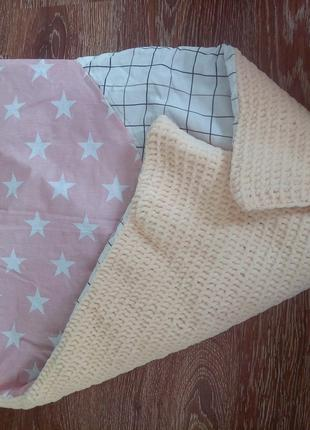 Детские плюшевые пледы,  одеяла, конверты на выписку