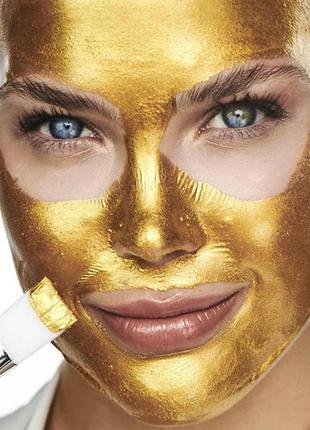 Искрящаяся золотая маска для лица instaglammers gold