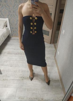 Шикарное темно-синее платье миди с пуговицами