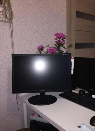 Компьютер (монитор и системный блок)