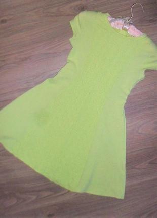 Платье неспелого лимона на 9-10лет