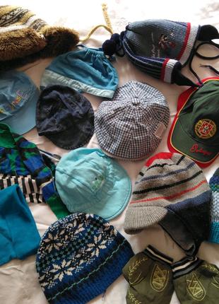 Комплект шапки, панамки, бейсболки