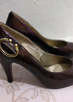 Туфли Gucci кожа лак