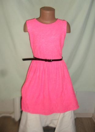 Кружевное неоновое платье на 9-10лет
