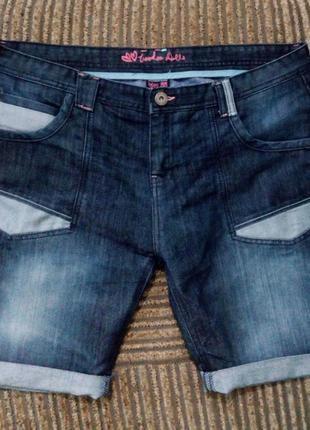 Стильные джинсовые шорты большого размера