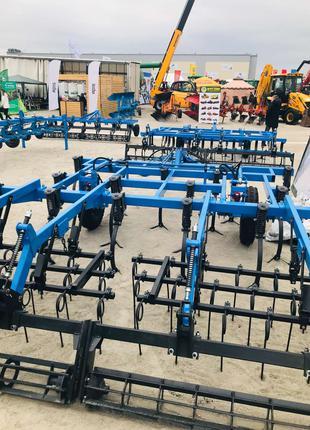 Культиваторы почвообрабатывающие широкозахватные - КГШ