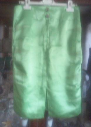 Отличная атласная юбка пот-37см