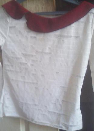 Белая блуза в стиле рванки с воротником