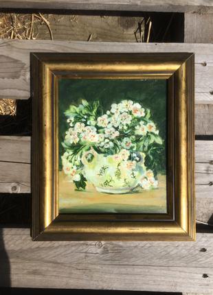 Интересная картина Цветы боярышника