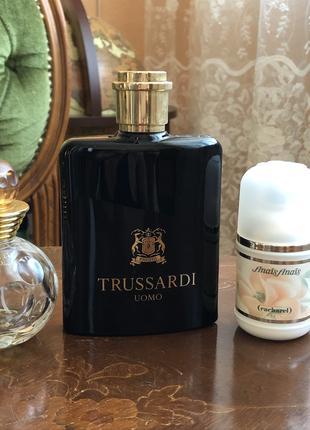 Флаконы от парфюмерии
