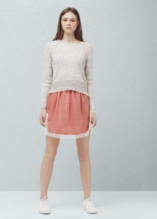 Атласная пудровая юбка с кружевом и разрезами по бокам манго m...