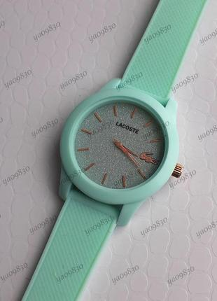Много расцветок, стильные женские часы на силиконовом ремешке