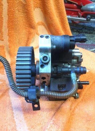 Б/у тнвд, насос топливный высокого давления Renault 1.9 dci, 8200
