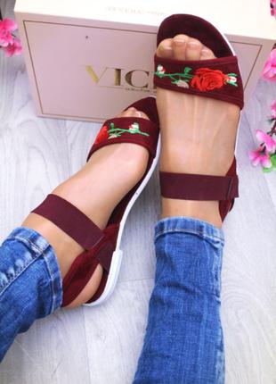 Женские босоножки,сандалии