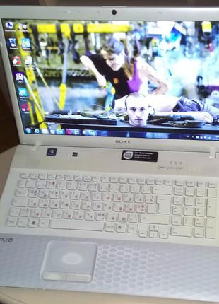 ноутбук 17,3 sony VPCEJ I-7 2620m 4Г/SSD64G