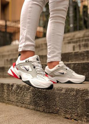 Прекрасные женские кроссовки nike m2k tekno белые