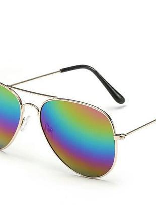 Очки авиаторы хамелеон в стиле ray-ban в золотой оправе унисекс