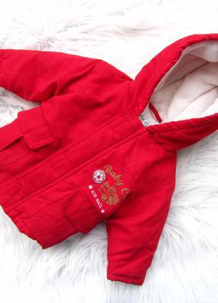 Стильная утепленная куртка с капюшоном baby crem