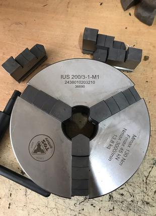 Патрон токарный 200 мм