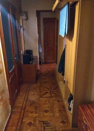 Продажу 3 х комнатную квартиру