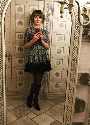 Шикарное платье с юбкой солнце