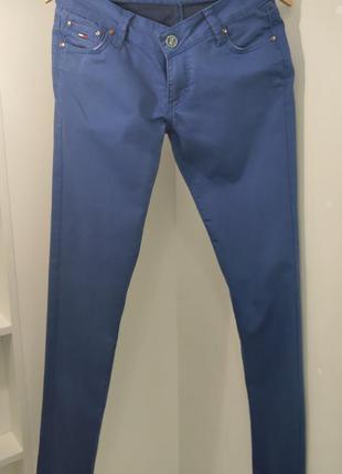Синие джинсы tommy hilfiger (оригинал)
