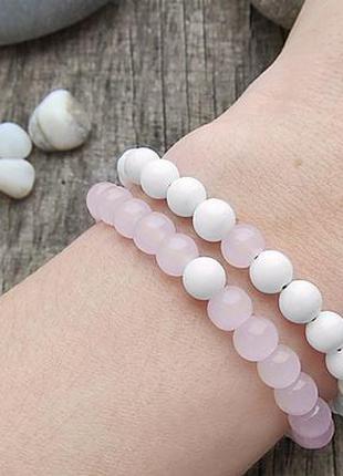Браслеты из натурального камня Розовый кварц и Белый агат.