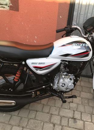 Новий Мотоцикл Bajaj Boxer BM 150