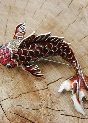 Большая брошь красный карп со стразами и эмалью брошка рыбка. ...