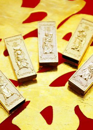 5 золотых слитков 5 богов