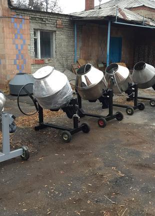 Производство бетономешалок от производителя и пищевых смесителей