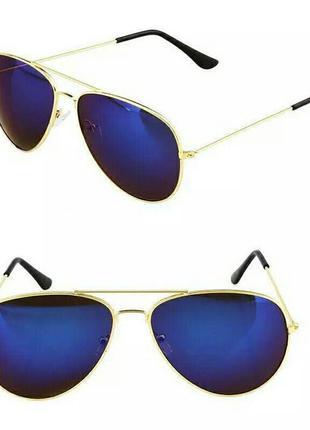 Очки авиаторы синие зеркальные в стиле ray-ban в золотой оправ...