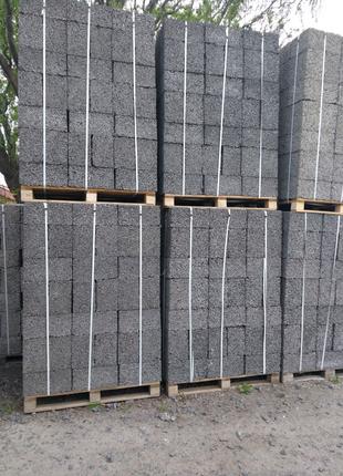 Блоків будівельні арболітові.
