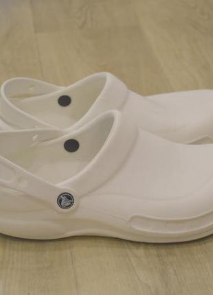 Crocs мужские тапки кроссовки оригинал лето белого цвета