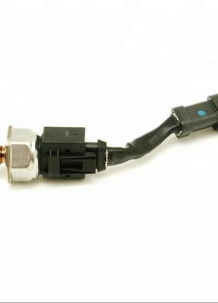 4025130/3408551/4984579  Датчик давления топлива