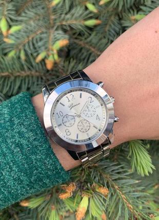 Женские красивые наручные часы женева geneva металлические сер...