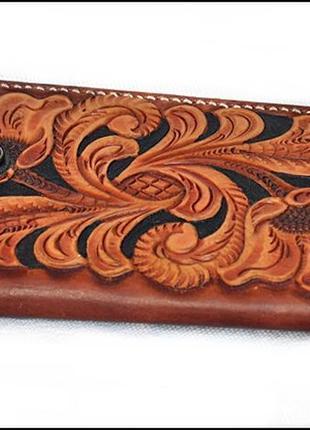 Кожаный тиснёный кошелёк ручной работы