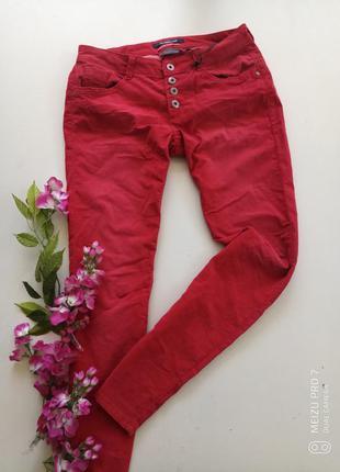 Классние фирменние вельветовие брюки от немецкого бренда stree...