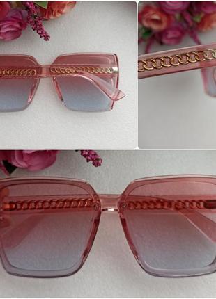 Новые стильные очки с блеском по бокам (цепочка на дужках), ро...
