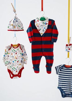 Прикольный набор от mothercare для новорожденных из англии