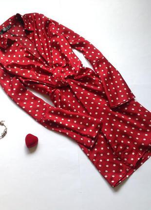 Красное сатиновое платье в горох missguided