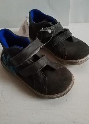 Брендовые замшевые кожаные ботинки kiabi оригинал франция европа